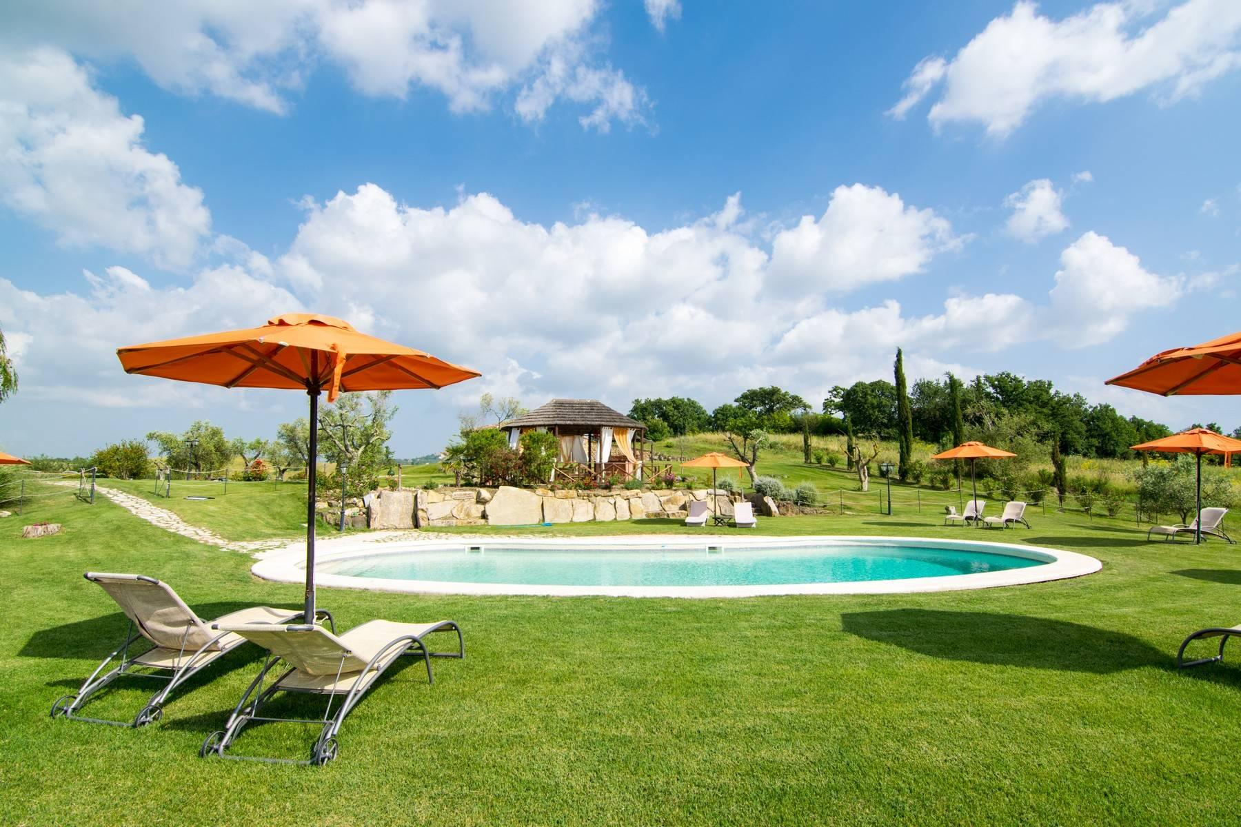A property in the tuscan countryside for those who want to change their life - 8