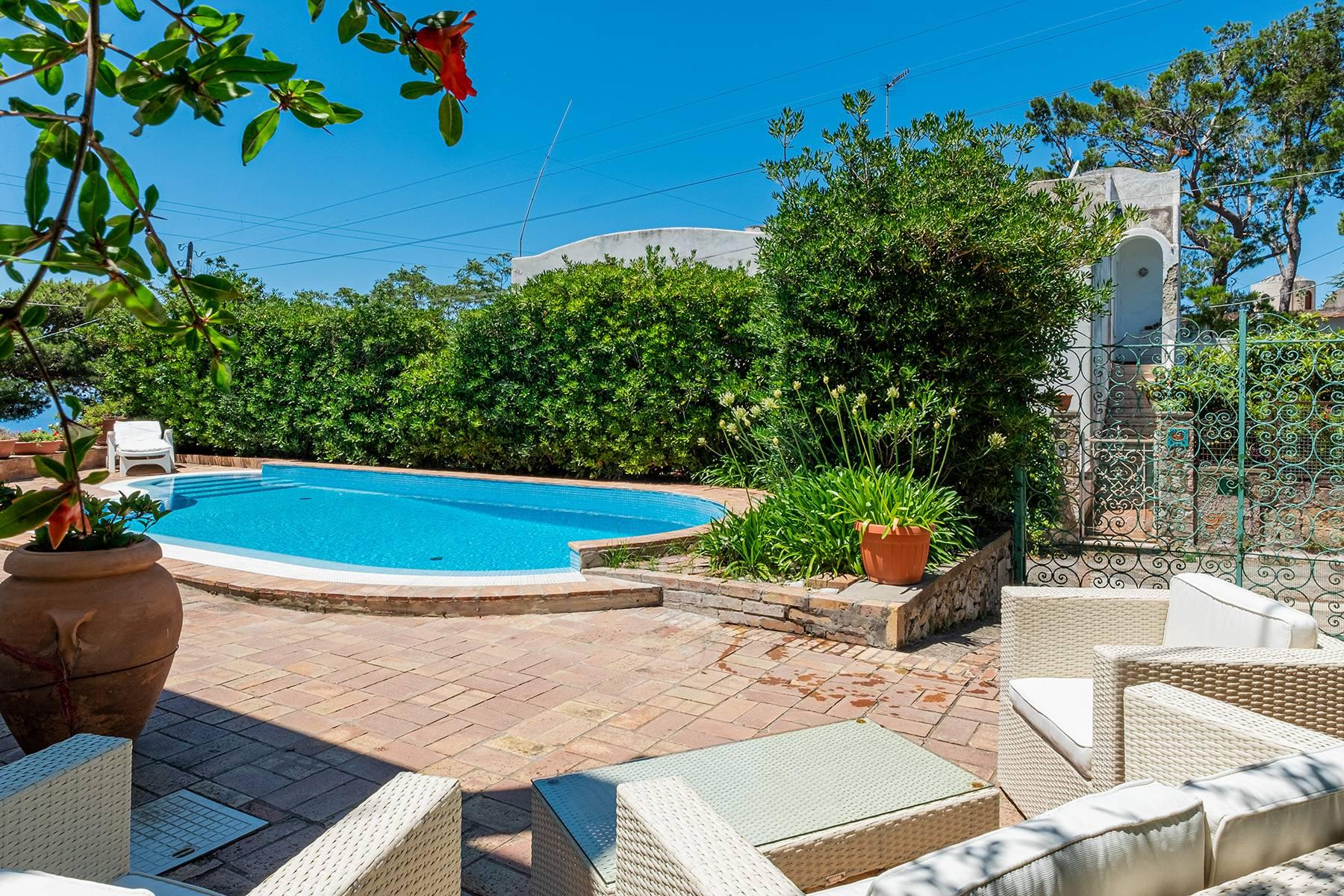 Charming villa with swimming pool in Anacapri - 6