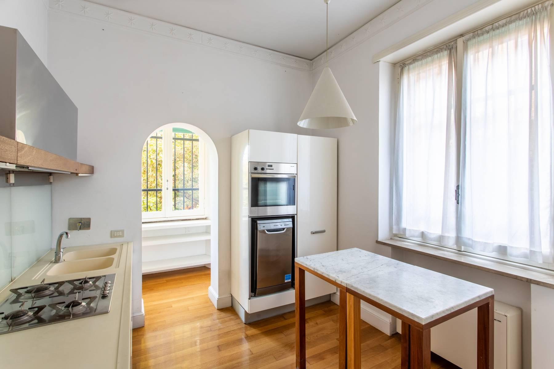Appartement élégant avec vue sur le jardin - 10
