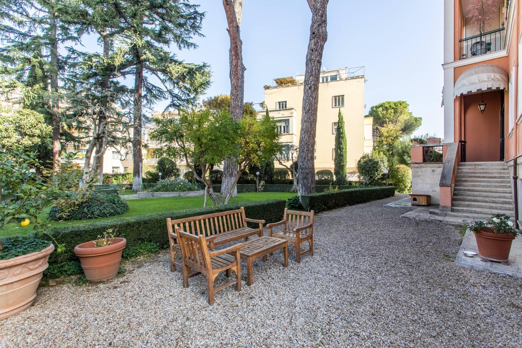 Appartement élégant avec vue sur le jardin - 21