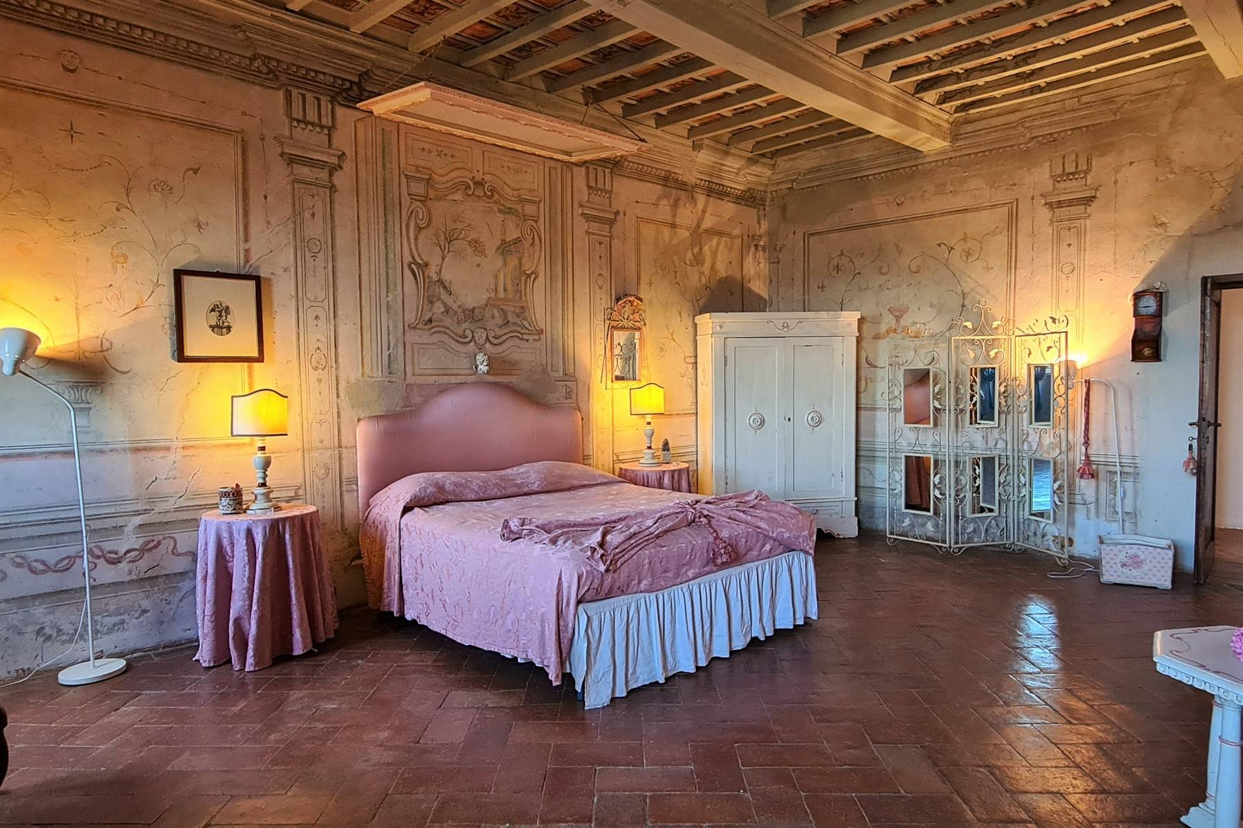 Enchanting historical villa in the heart of Chianti - 18
