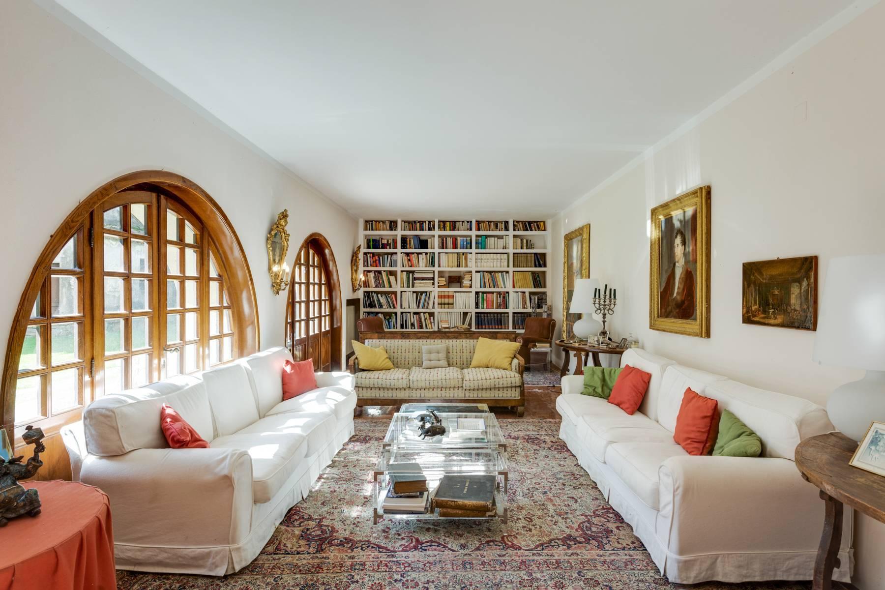 Splendida villa del'700 con oltre 45 ettari di terreno - 8