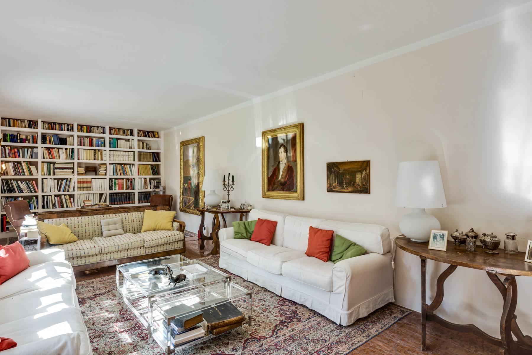 Splendida villa del'700 con oltre 45 ettari di terreno - 6