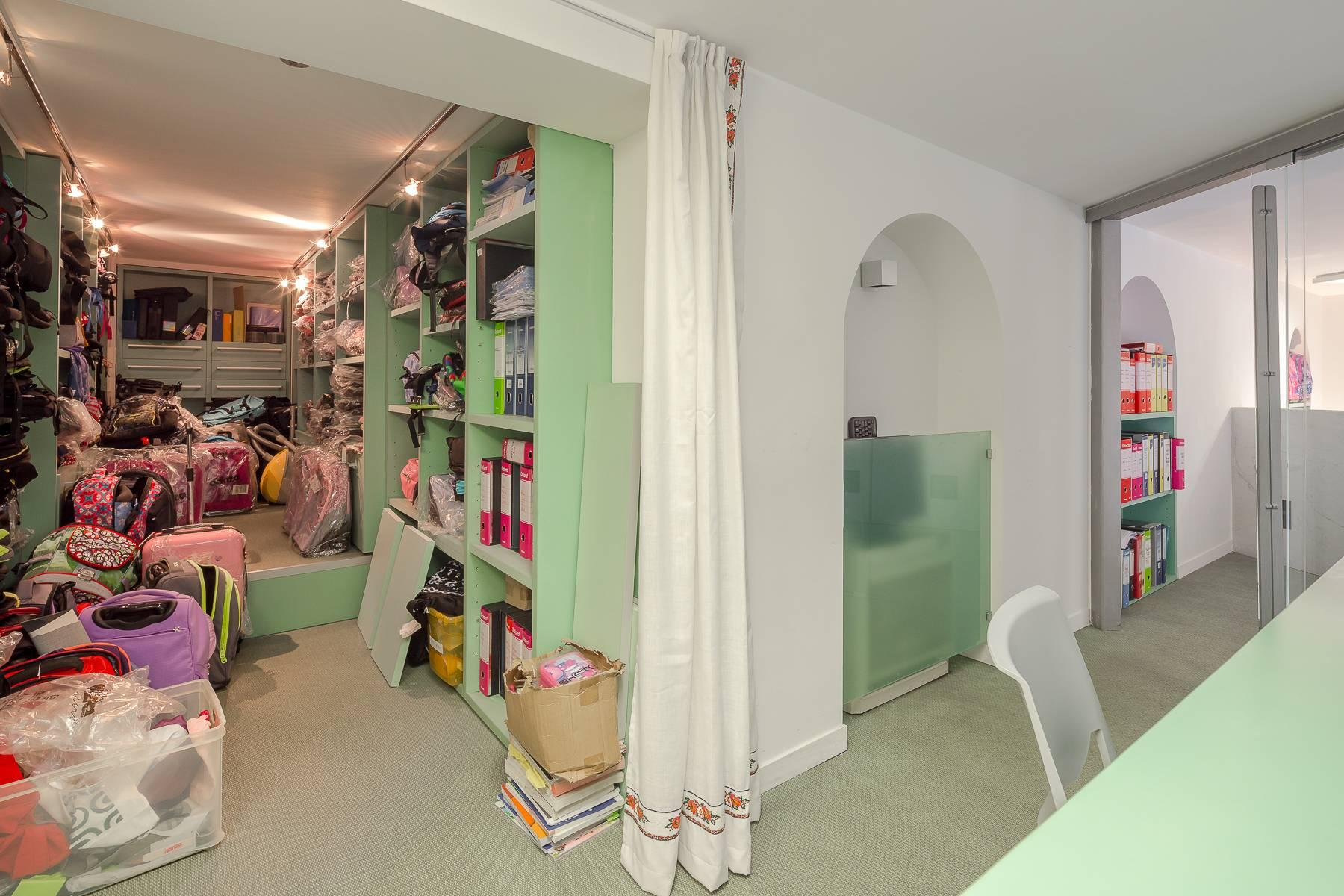 Open space office/residential property in Piazza Giovine Italia/Via Aurelio Saffi - 14