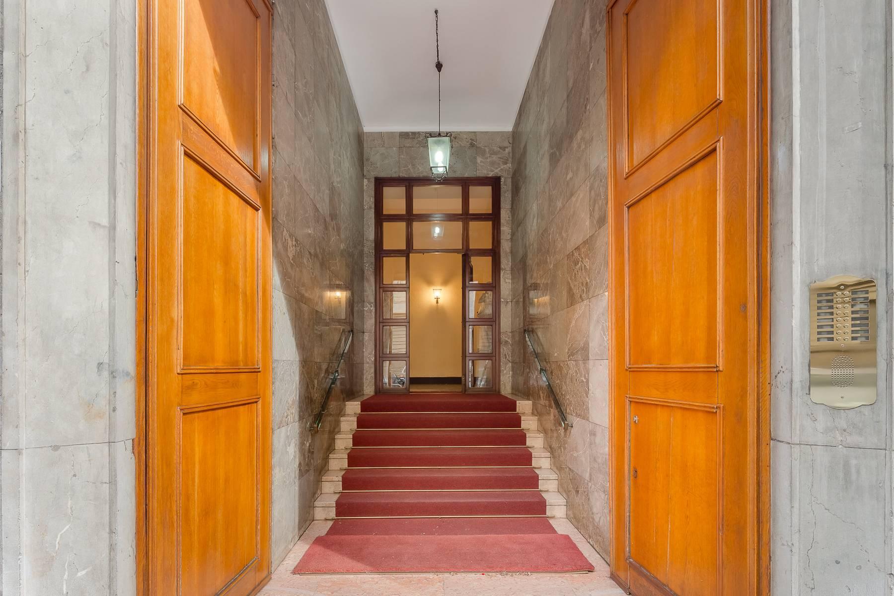 Open space office/residential property in Piazza Giovine Italia/Via Aurelio Saffi - 1