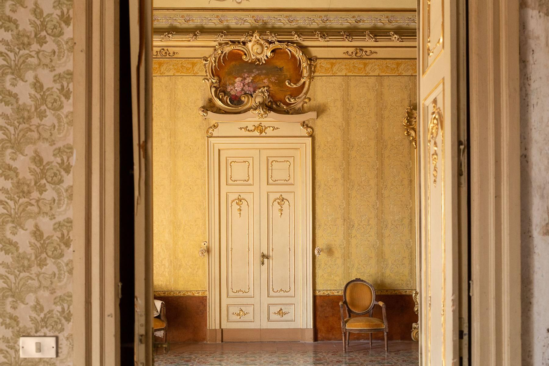 Noble Palace in Palazzolo Acreide - 11