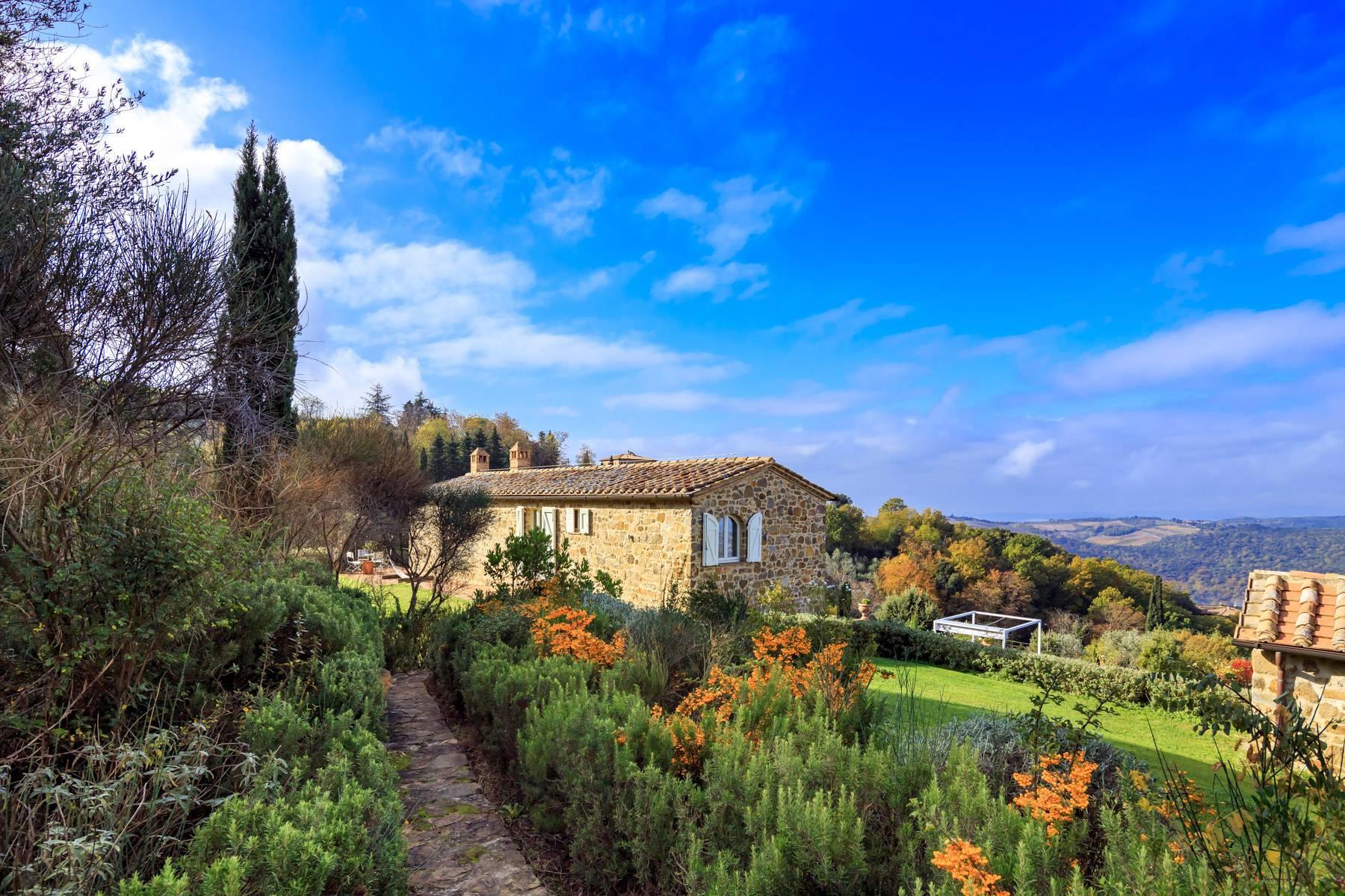 Wunderschönes restauriertes Bauernhaus in der Nähe von Montalcino - 3