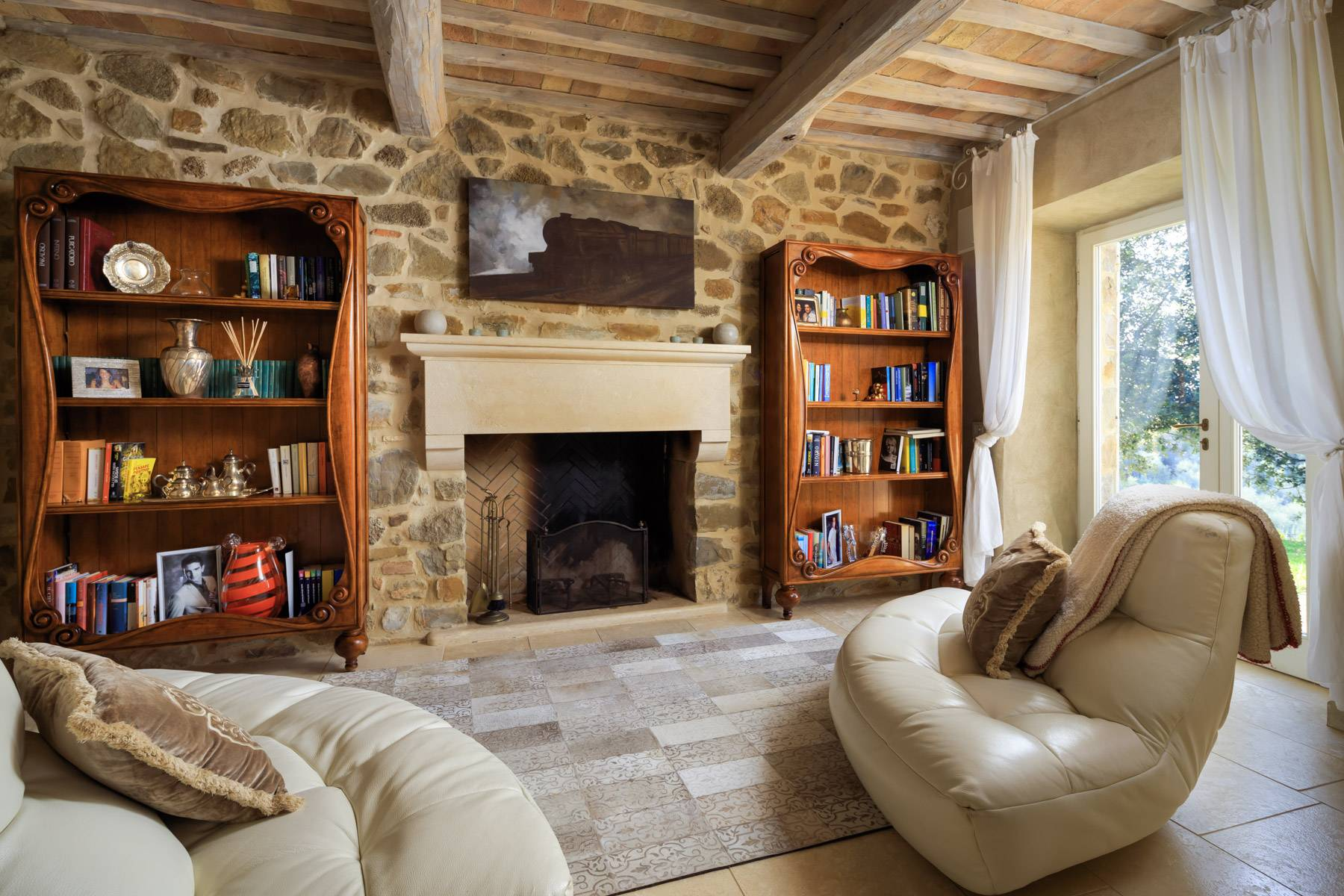 Marvelous newly restored farmhouse close to Montalcino - 18