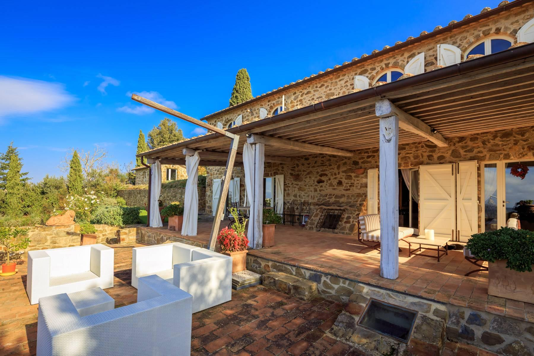 Marvelous newly restored farmhouse close to Montalcino - 24