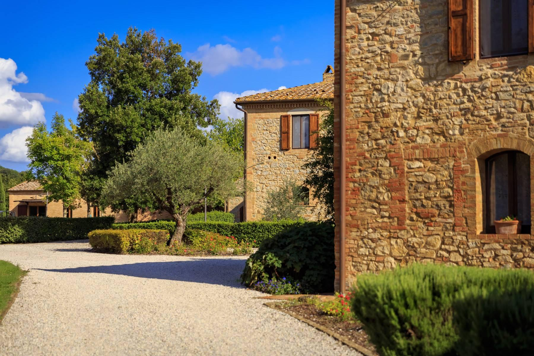 Exclusive property close to Siena - 44