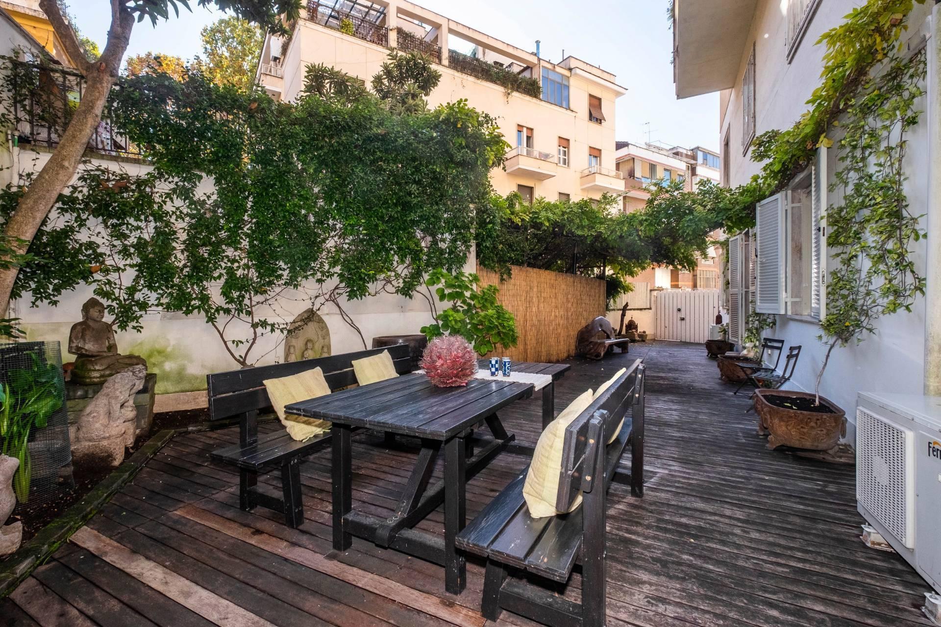 Appartamento all'Aventino con incantevole giardino privato - 2