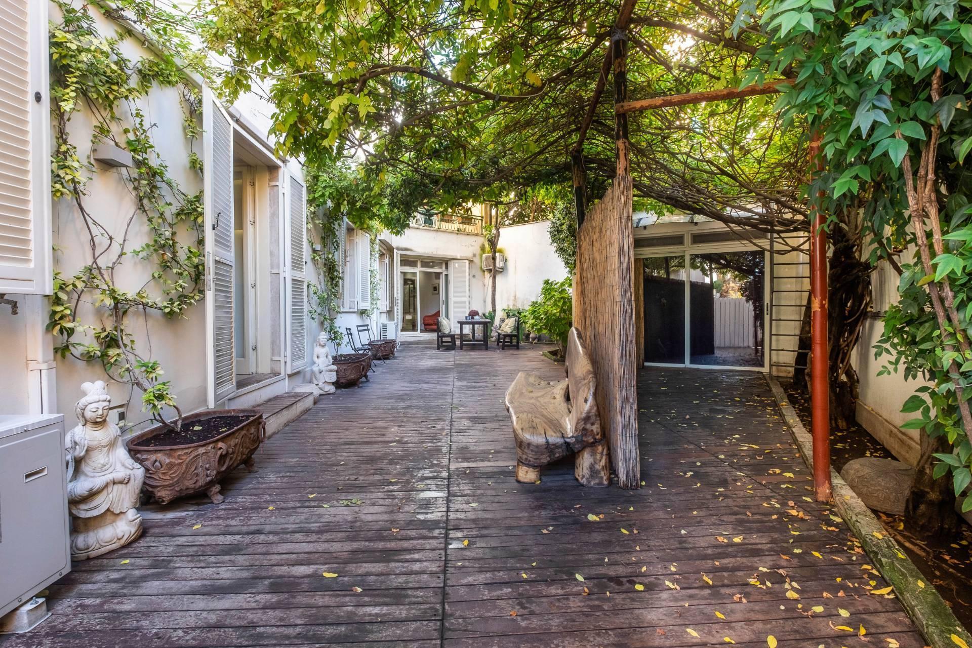 Appartamento all'Aventino con incantevole giardino privato - 3