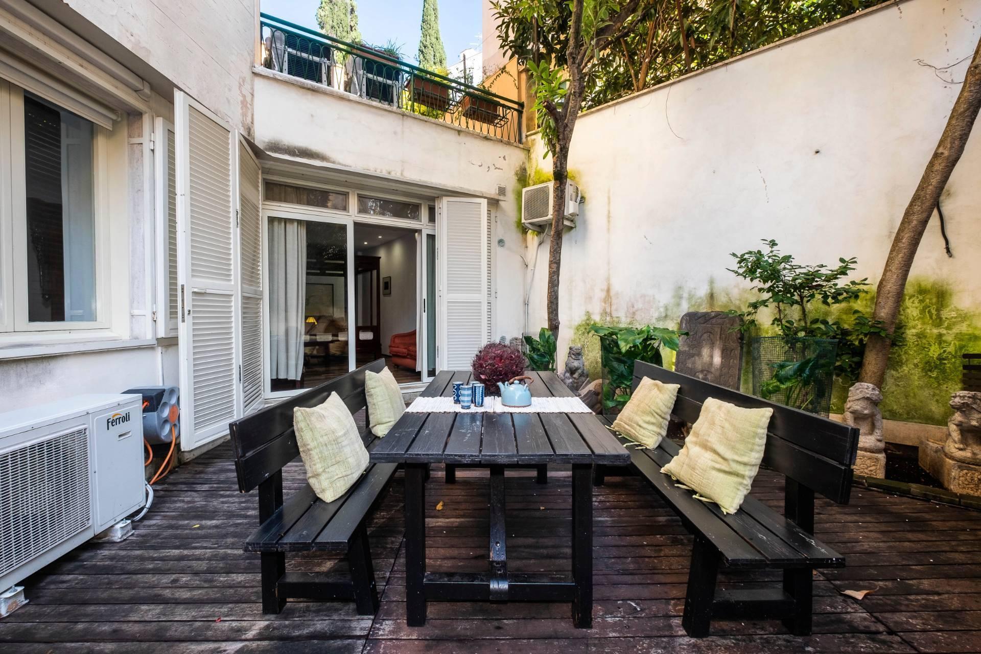 Appartamento all'Aventino con incantevole giardino privato - 27