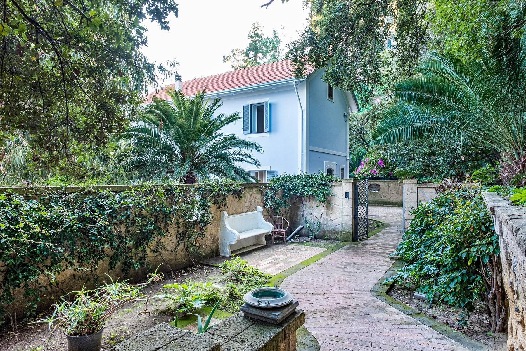 Charming villa nearby the sea in Posillipo - 35