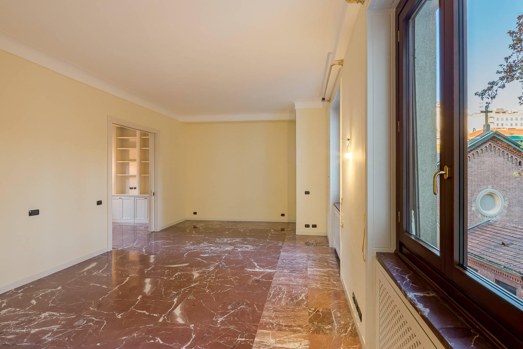 Spacious apartment in Gabba / Montenapoleone area - 8