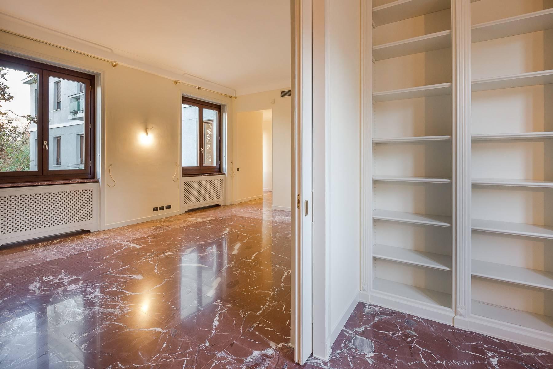 Grand appartement dans le quartier de Gabba / Montenapoleone - 15