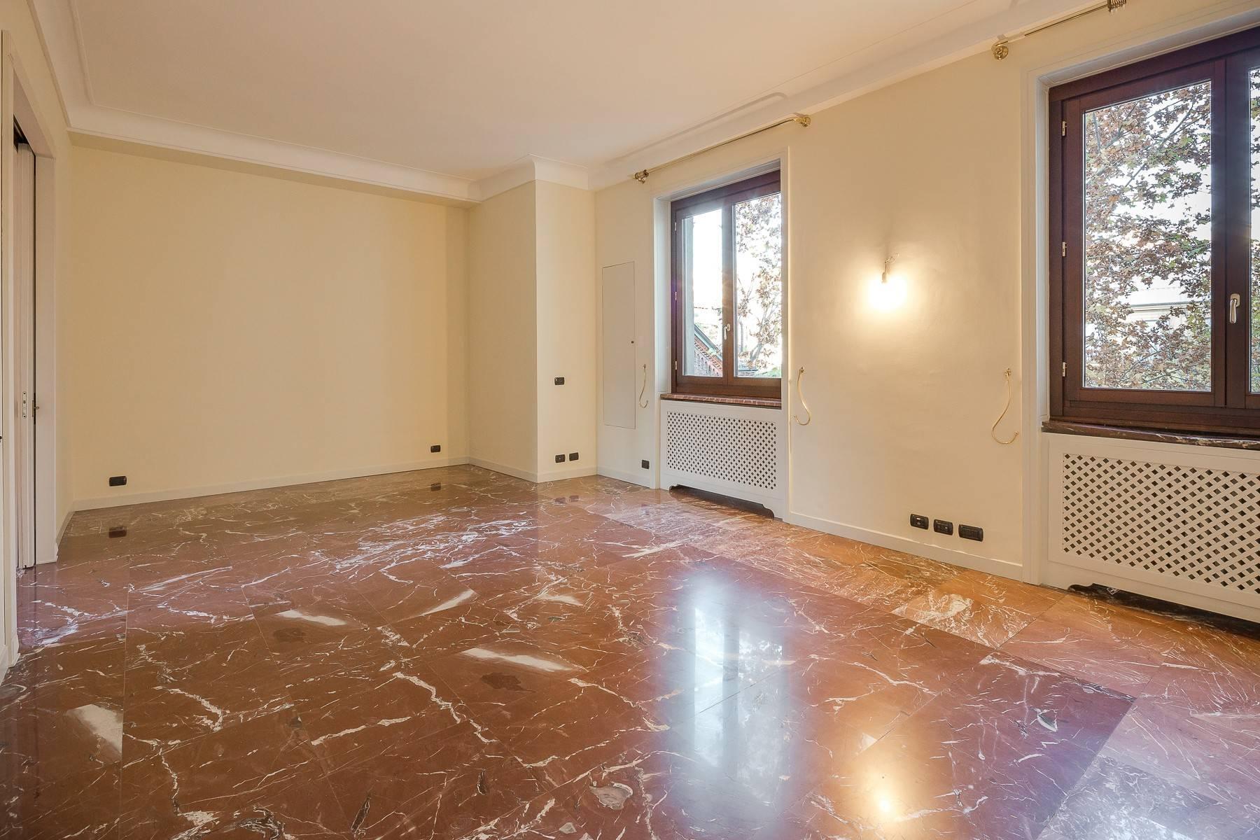Grand appartement dans le quartier de Gabba / Montenapoleone - 9