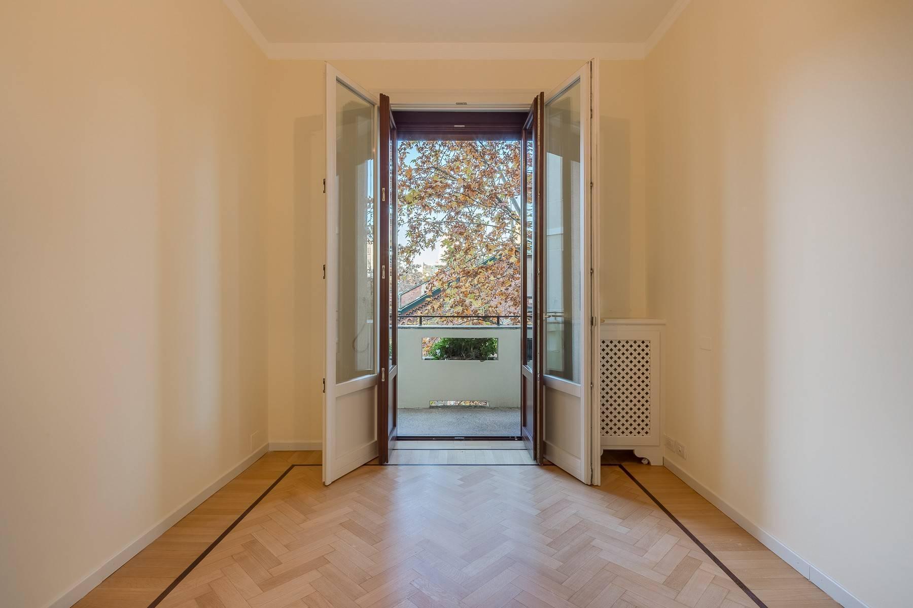 Grand appartement dans le quartier de Gabba / Montenapoleone - 20