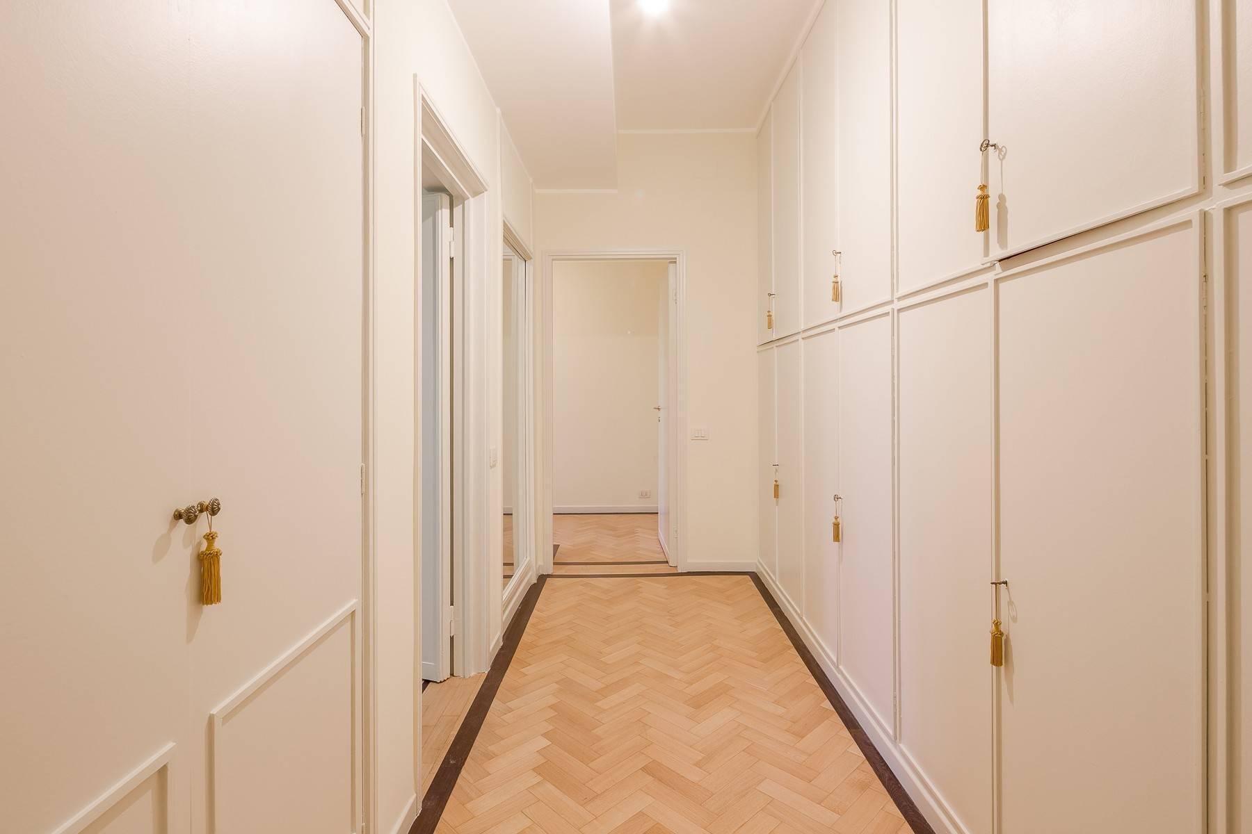 Grand appartement dans le quartier de Gabba / Montenapoleone - 21