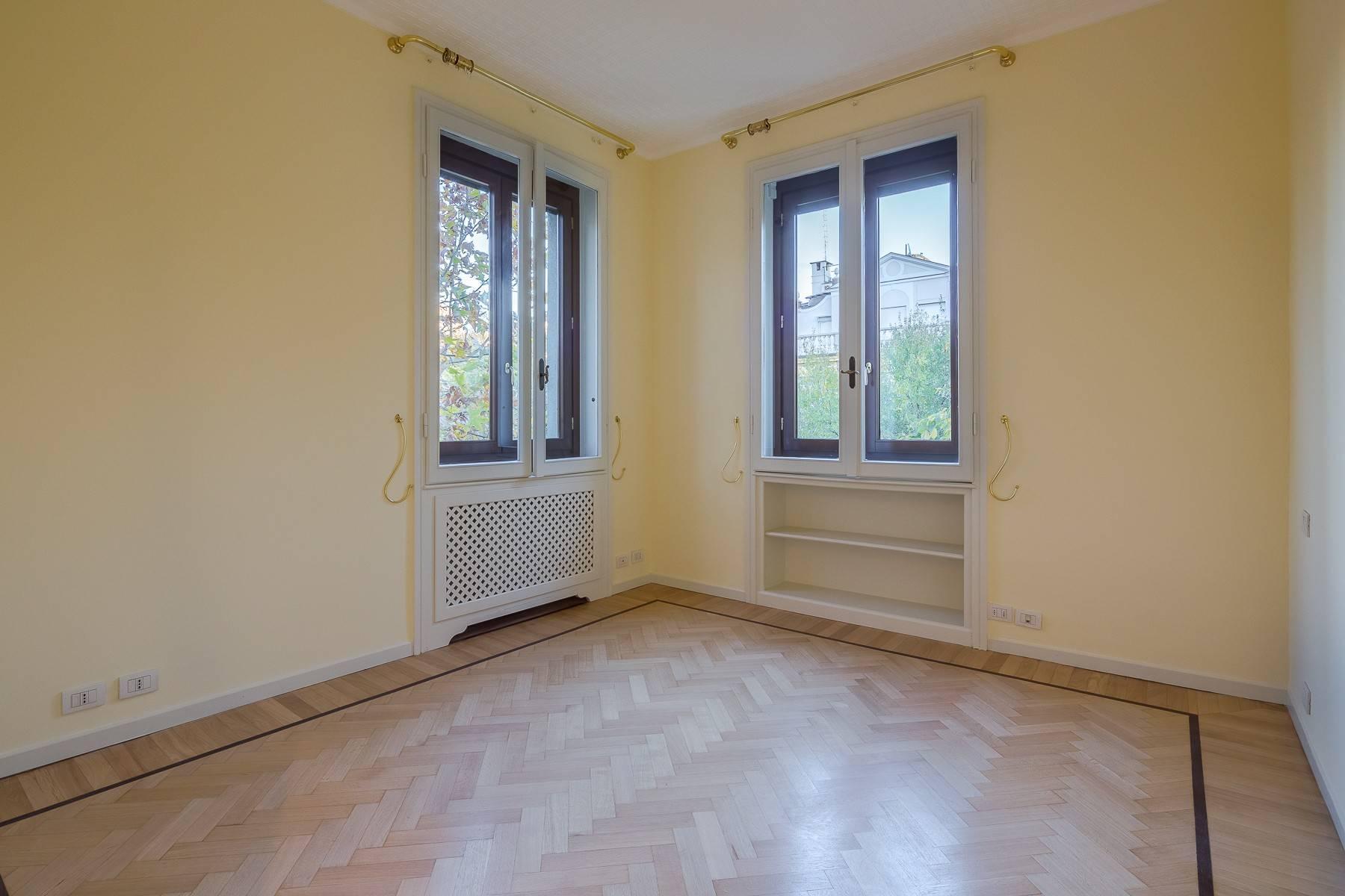 Grand appartement dans le quartier de Gabba / Montenapoleone - 23