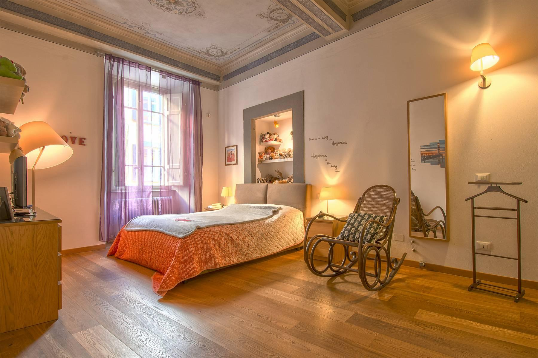 Unique luxury apartment with terrace in the medieval town of Lucca - 10