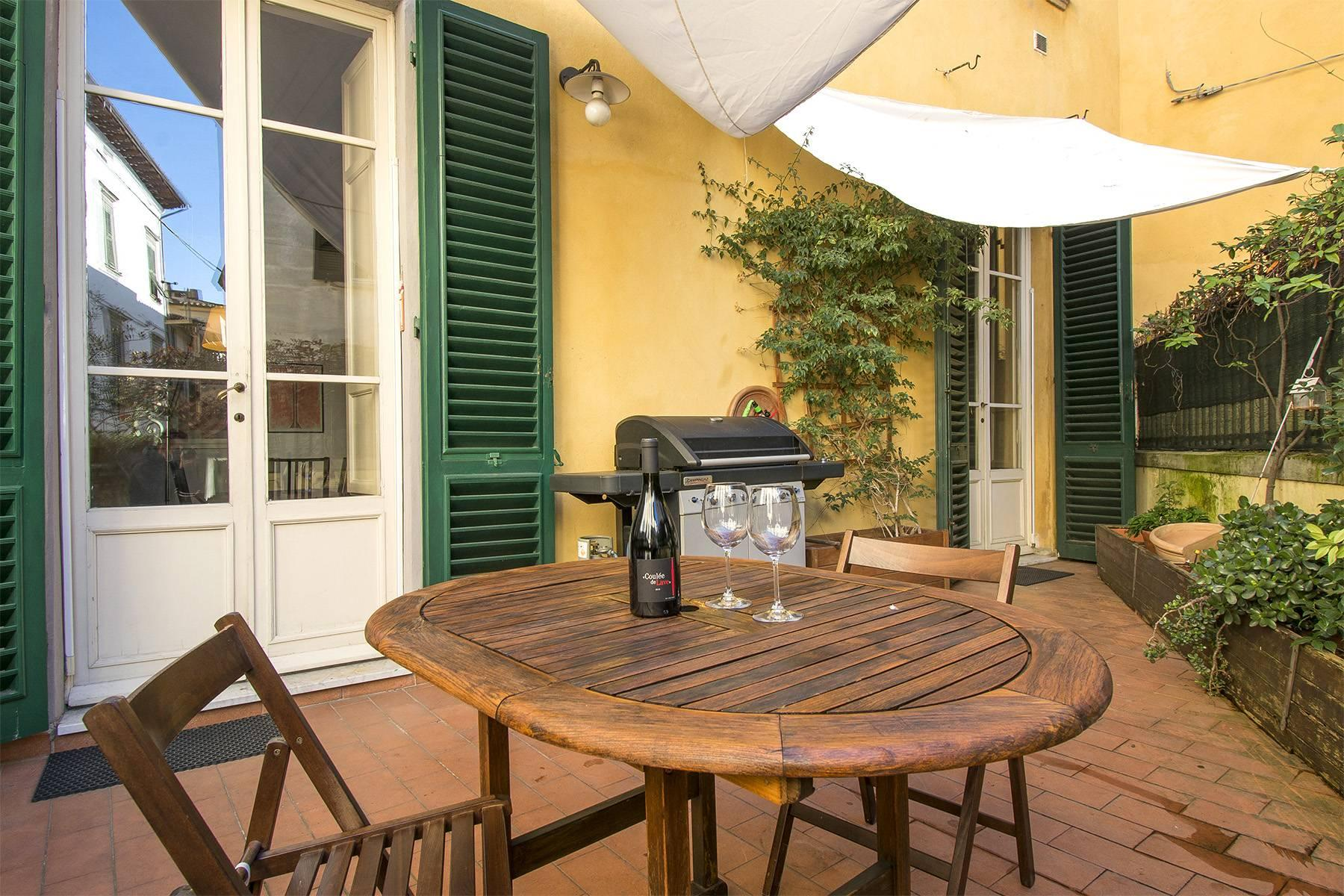 Unique luxury apartment with terrace in the medieval town of Lucca - 1