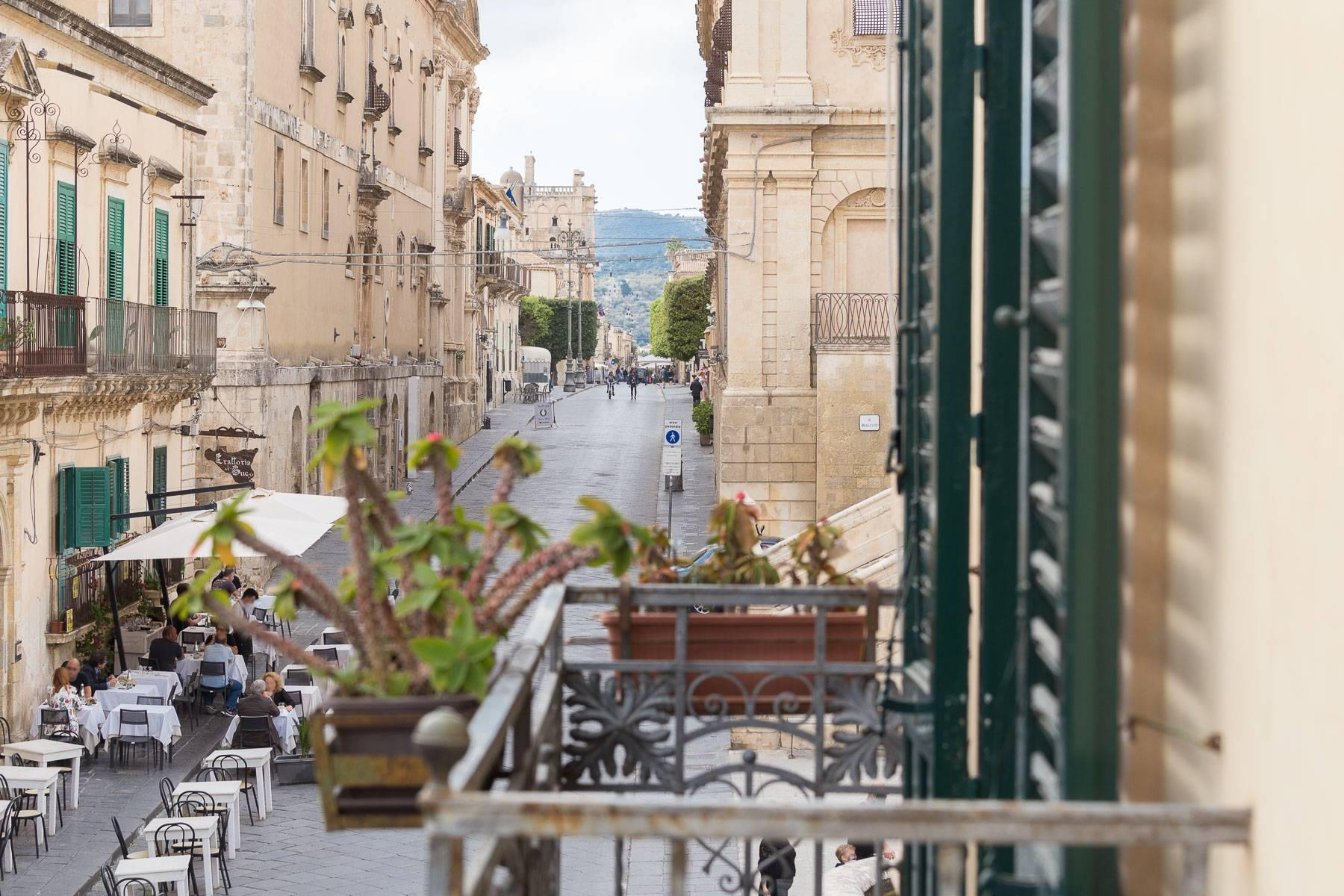 Indipendent house with terrace and view to historical center of Noto - 22