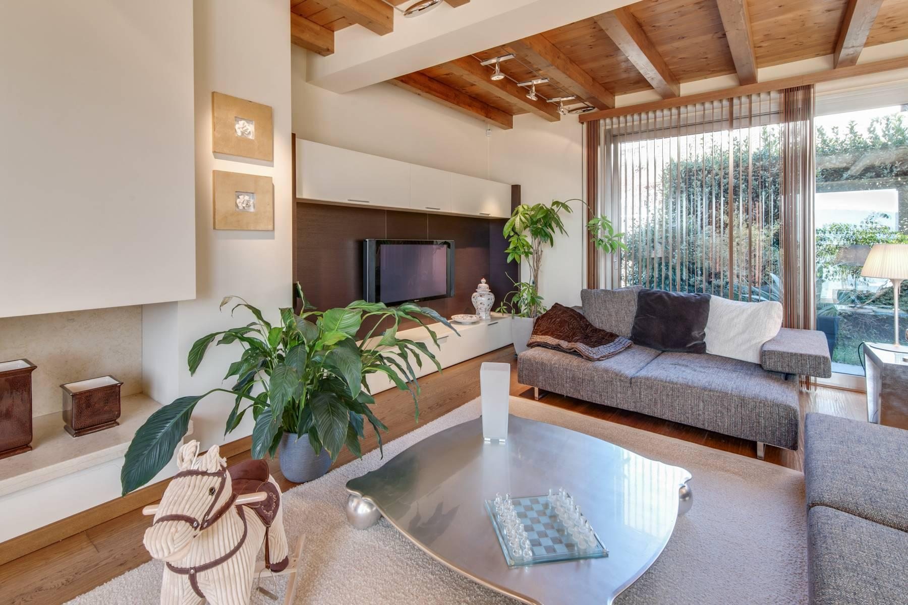 Modern villa a few minutes away from Bergamo - 1