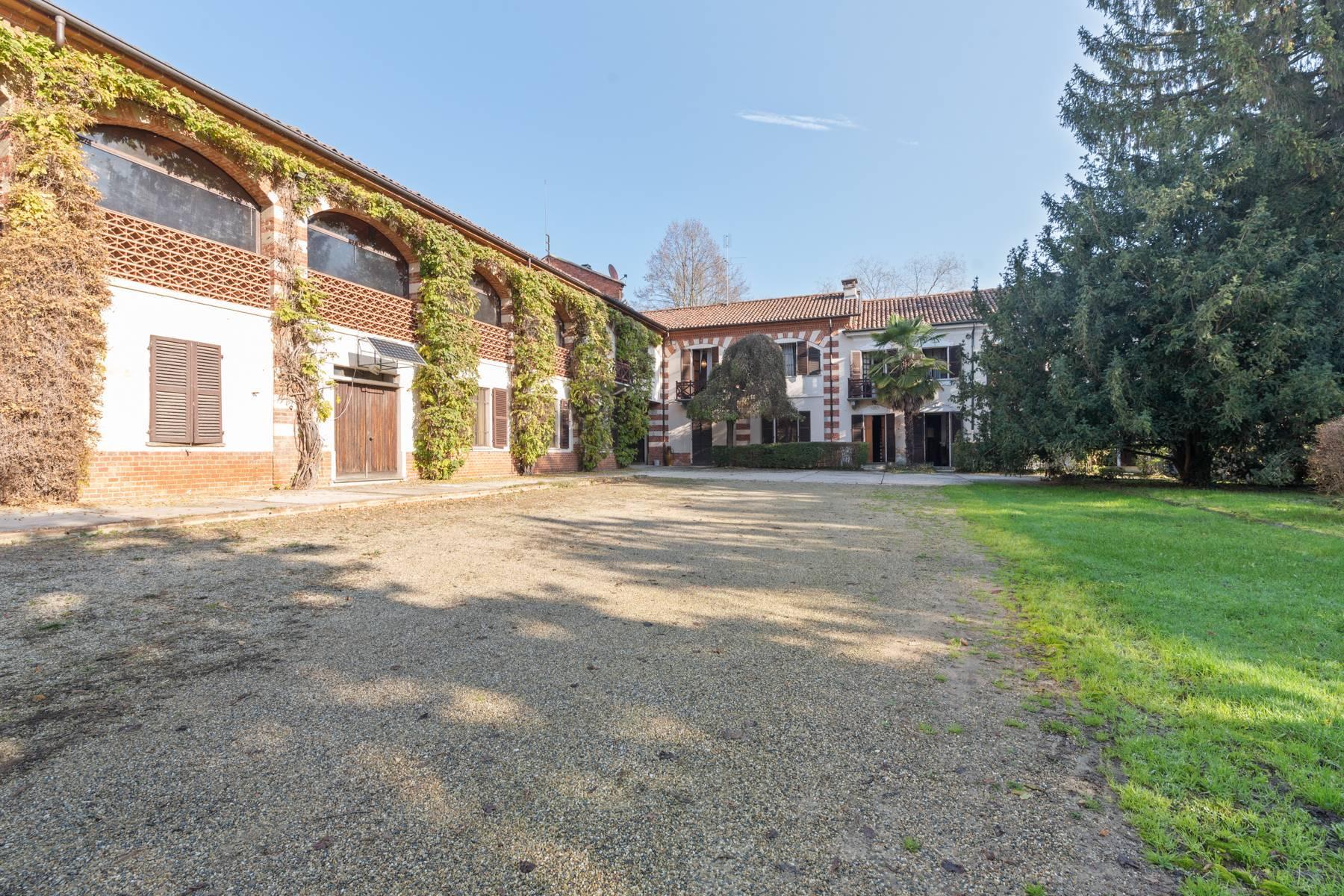 Charmante historische Villa in der Nähe von Asti - 1