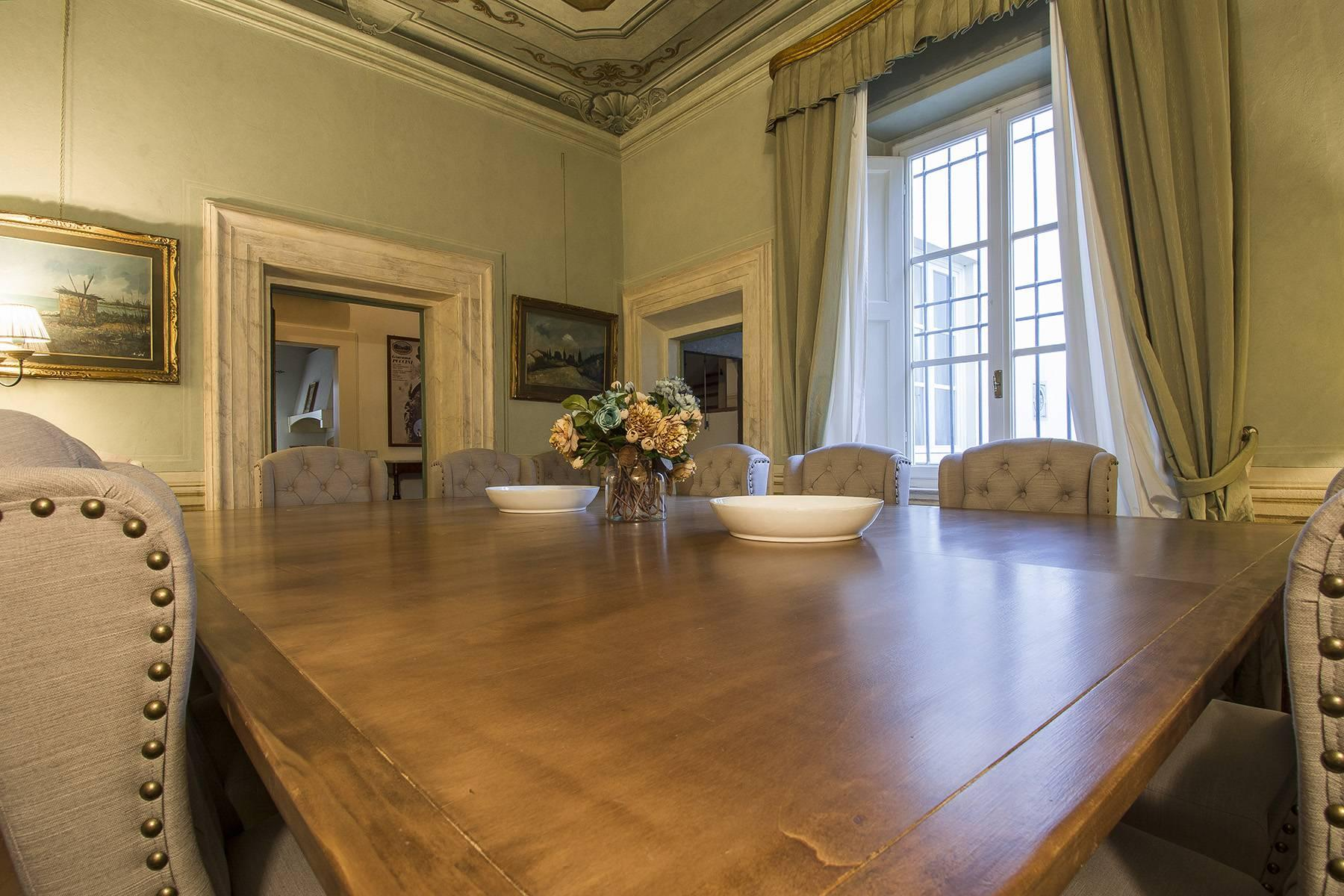 Large Luxury apartment in the heart of Lucca historic centre - 6