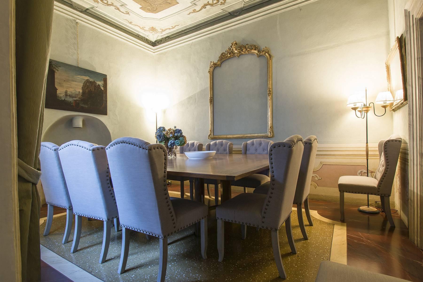 Большой роскошный апартамент в самом сердце исторического центра Лукки - 5