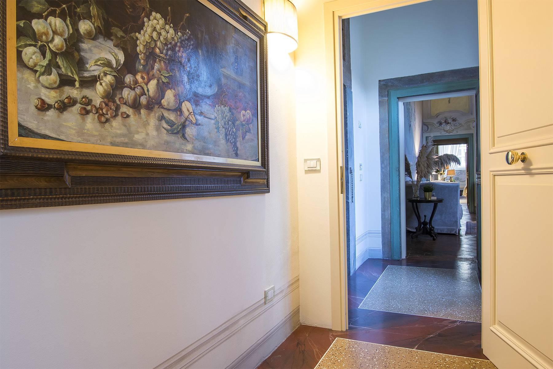 Большой роскошный апартамент в самом сердце исторического центра Лукки - 29