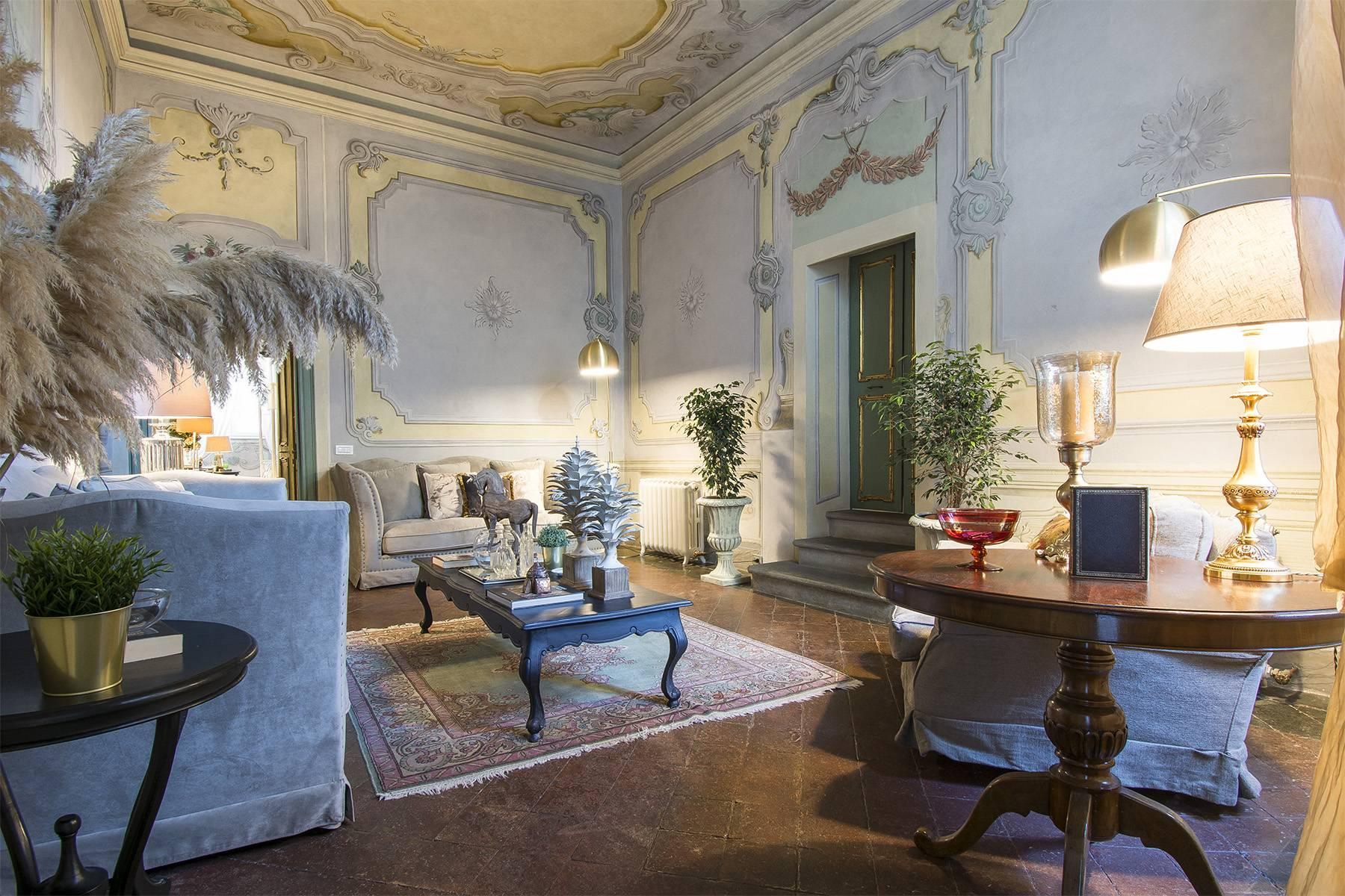 Большой роскошный апартамент в самом сердце исторического центра Лукки - 2