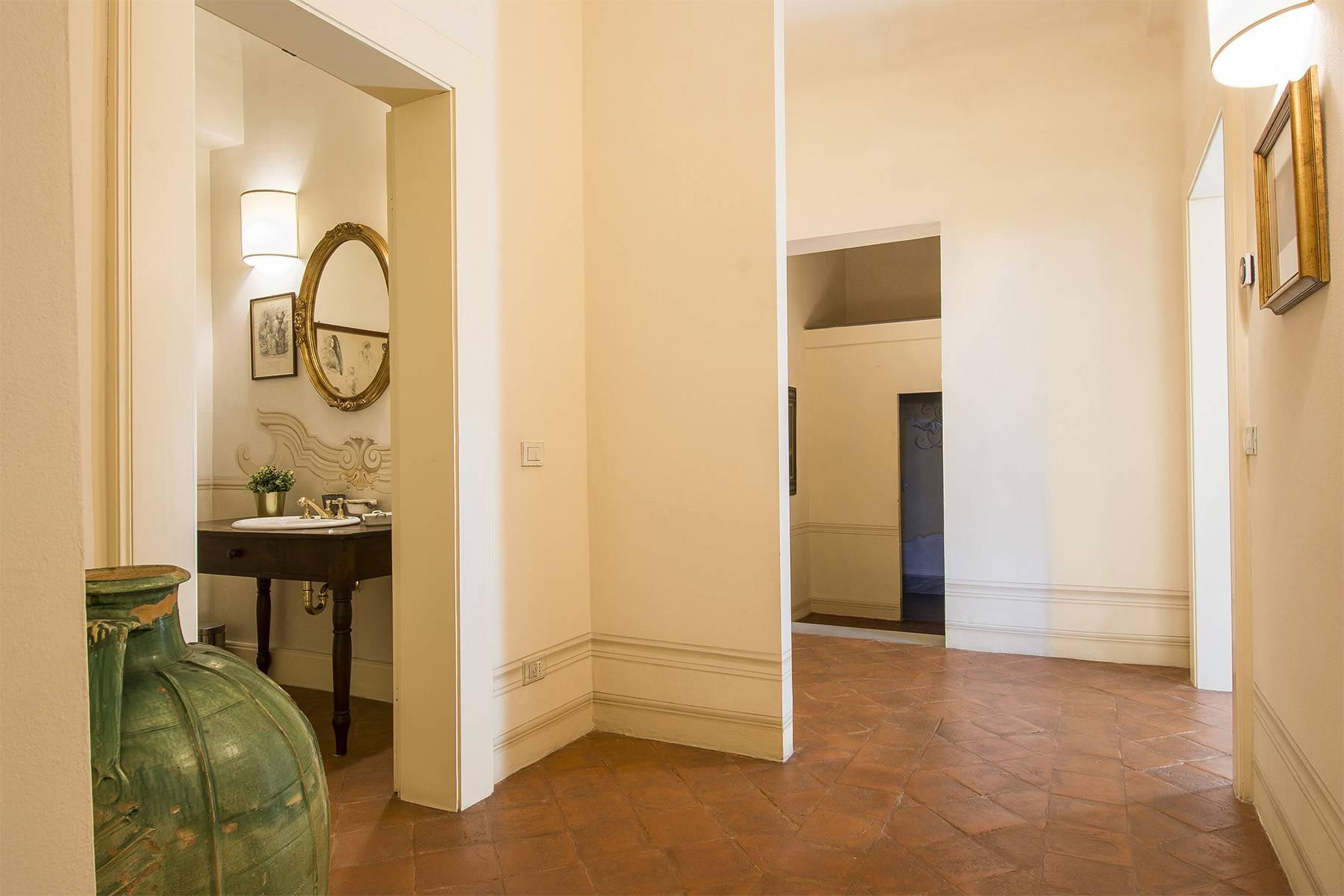Большой роскошный апартамент в самом сердце исторического центра Лукки - 20
