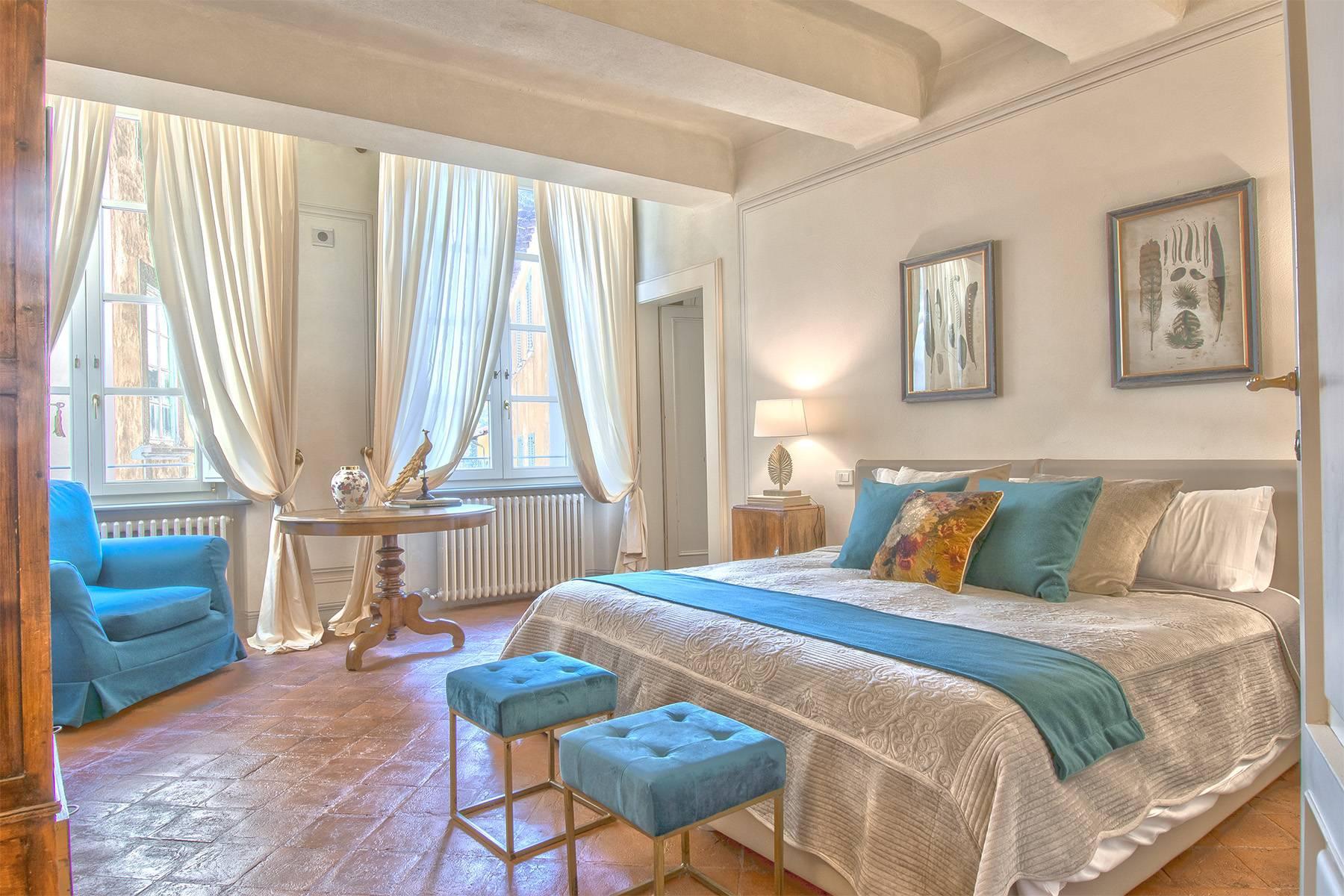 Большой роскошный апартамент в самом сердце исторического центра Лукки - 12