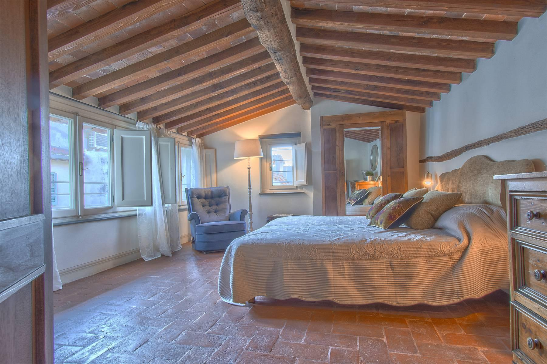 Large Luxury apartment in the heart of Lucca historic centre - 27