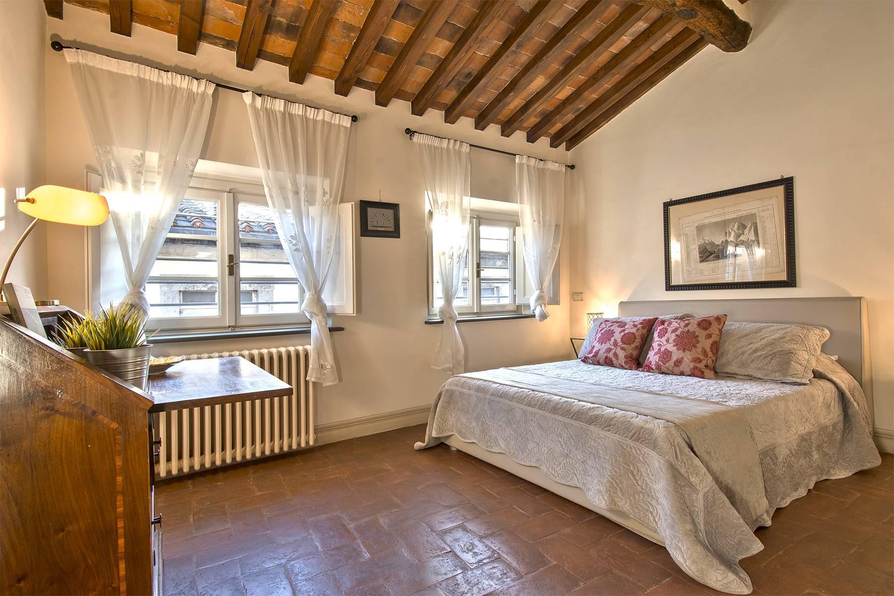 Большой роскошный апартамент в самом сердце исторического центра Лукки - 24