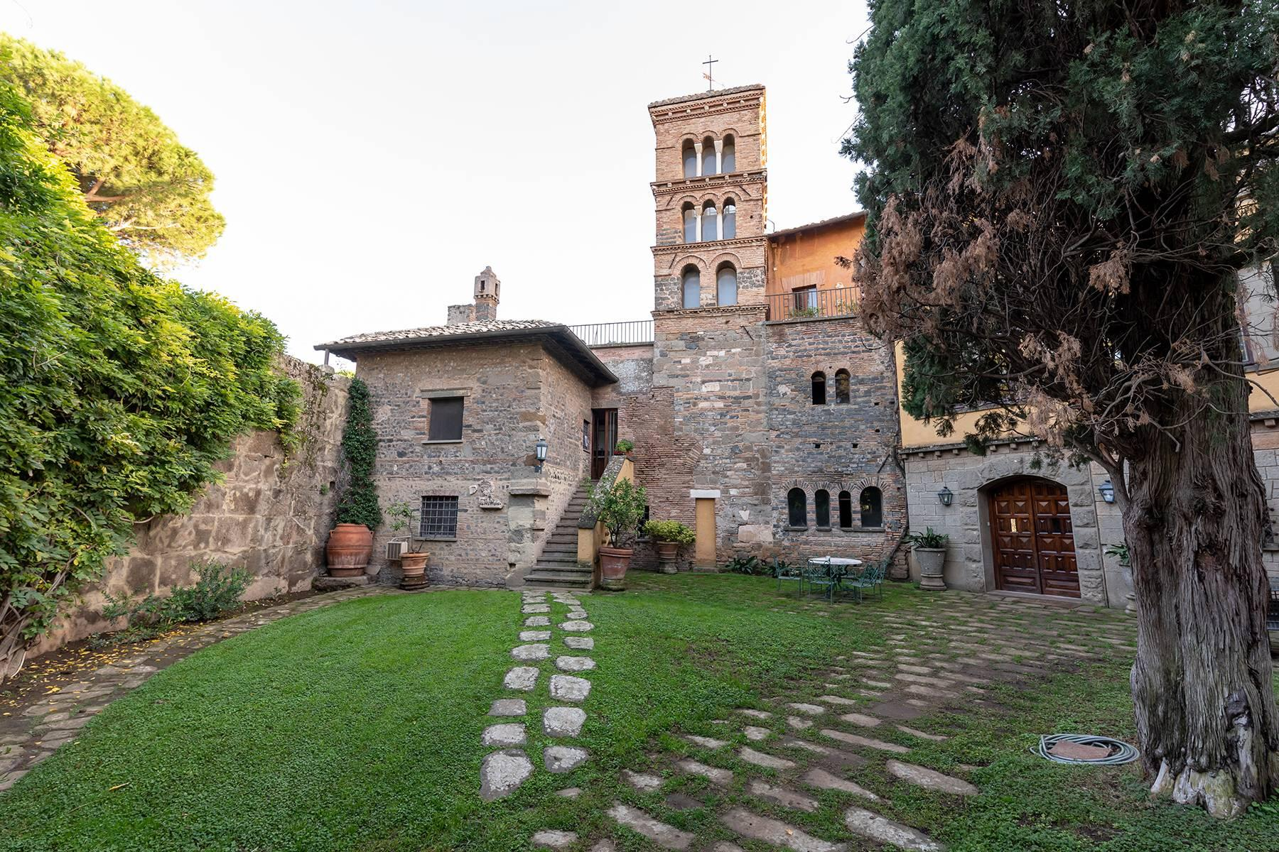 Unique 13th century mansion near Rome. - 23