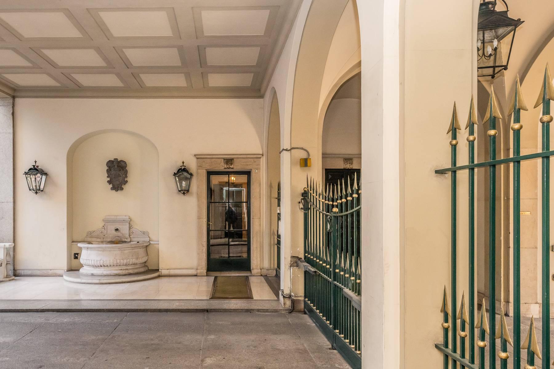 Уютный лофт в наполеоновском дворце - 19