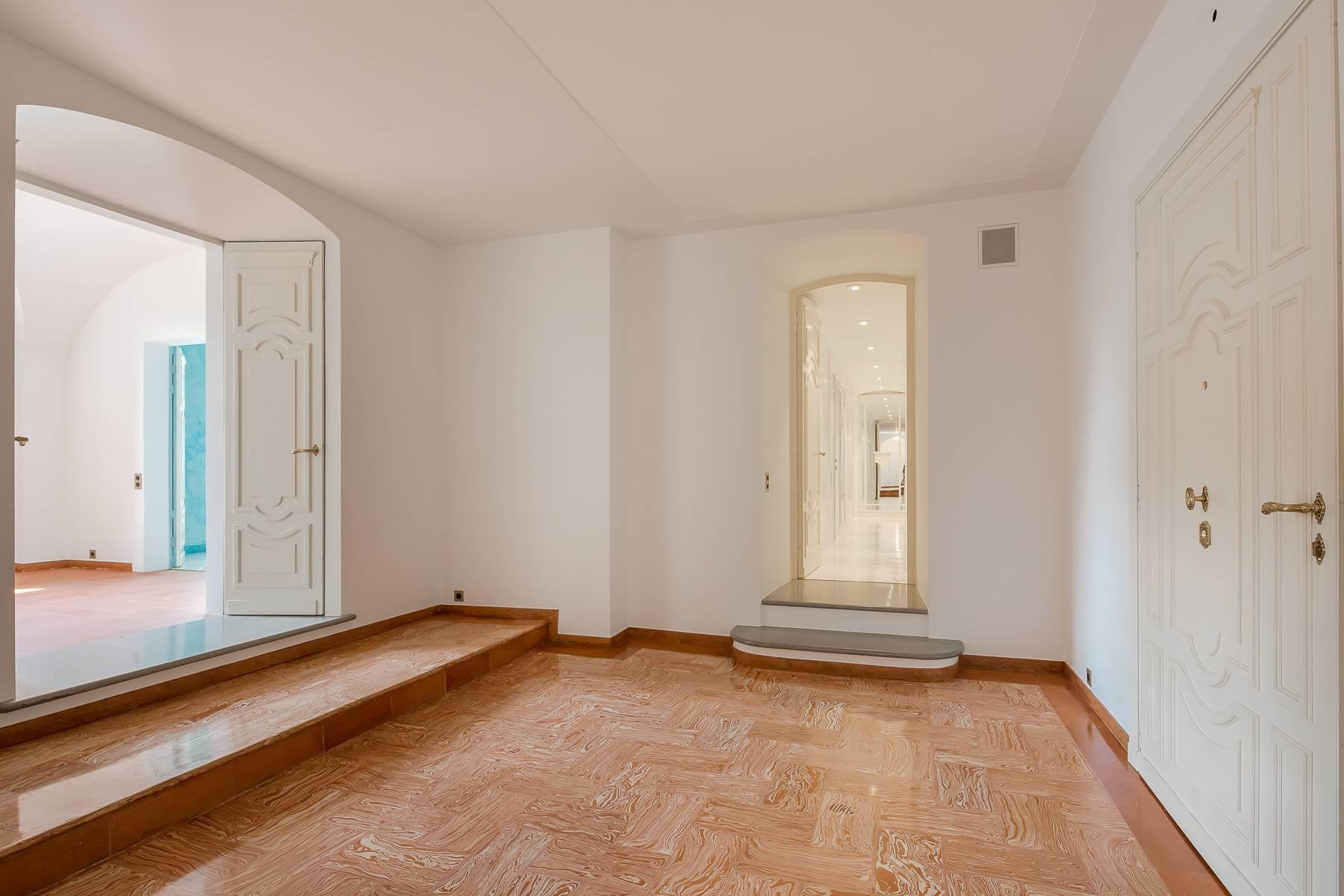 Inviting 482 sqm property with a view of the greenery in the XX Settembre / Tamburini area - 5