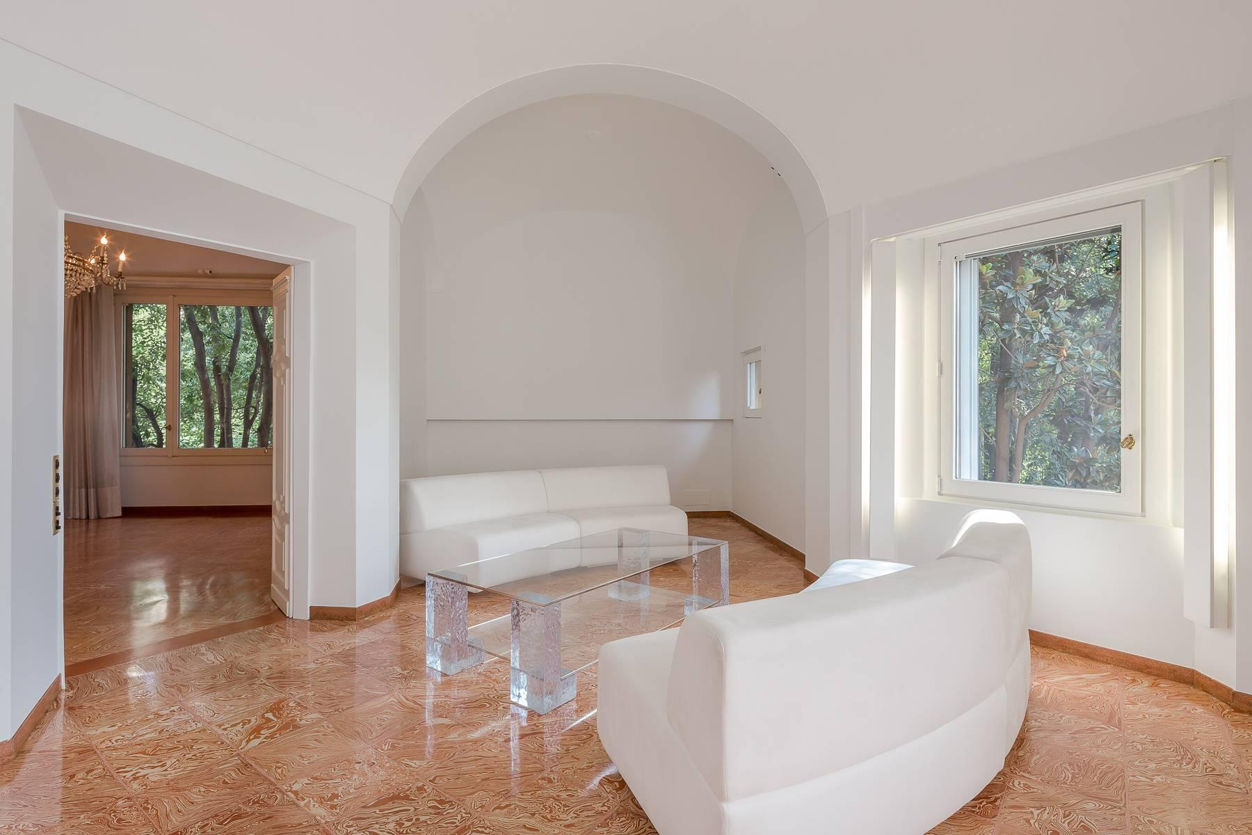 Inviting 482 sqm property with a view of the greenery in the XX Settembre / Tamburini area - 6