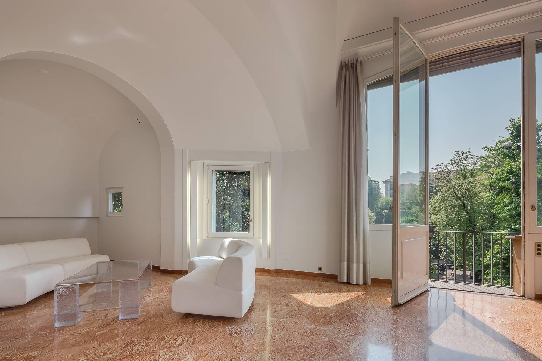 Inviting 482 sqm property with a view of the greenery in the XX Settembre / Tamburini area - 7
