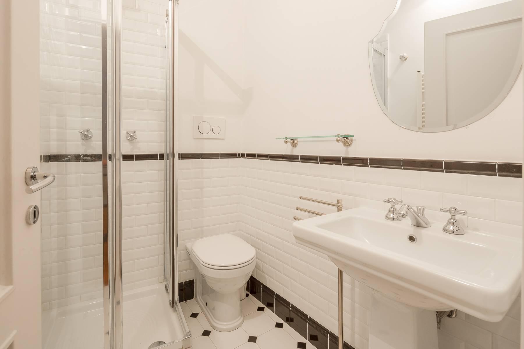 Полностью меблированная трехкомнатная квартира в самом центре Бреры - 19