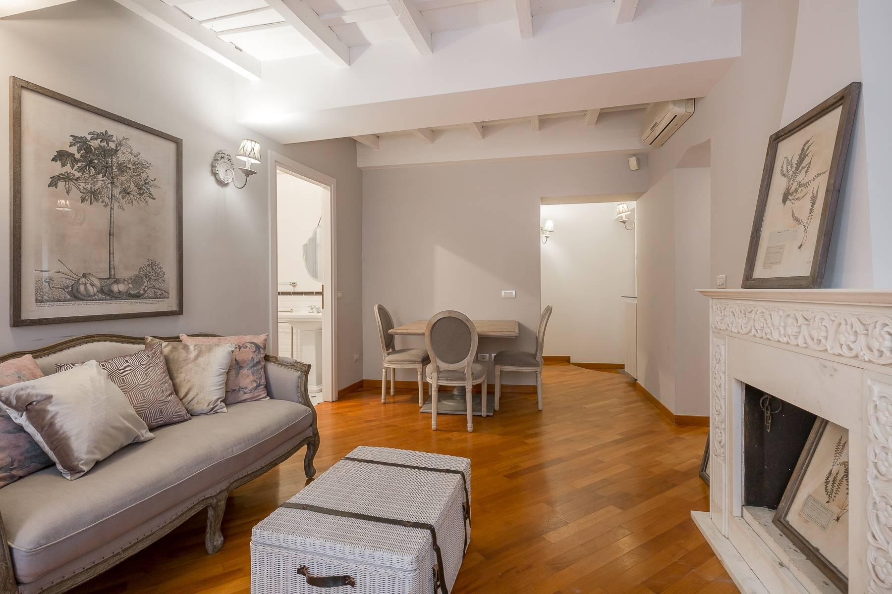 Fully furnished three-room apartment in the heart of Brera - 6