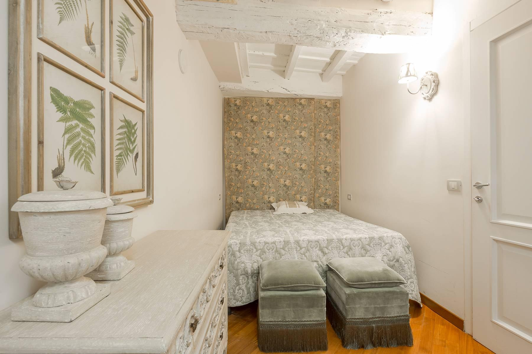 Fully furnished three-room apartment in the heart of Brera - 18