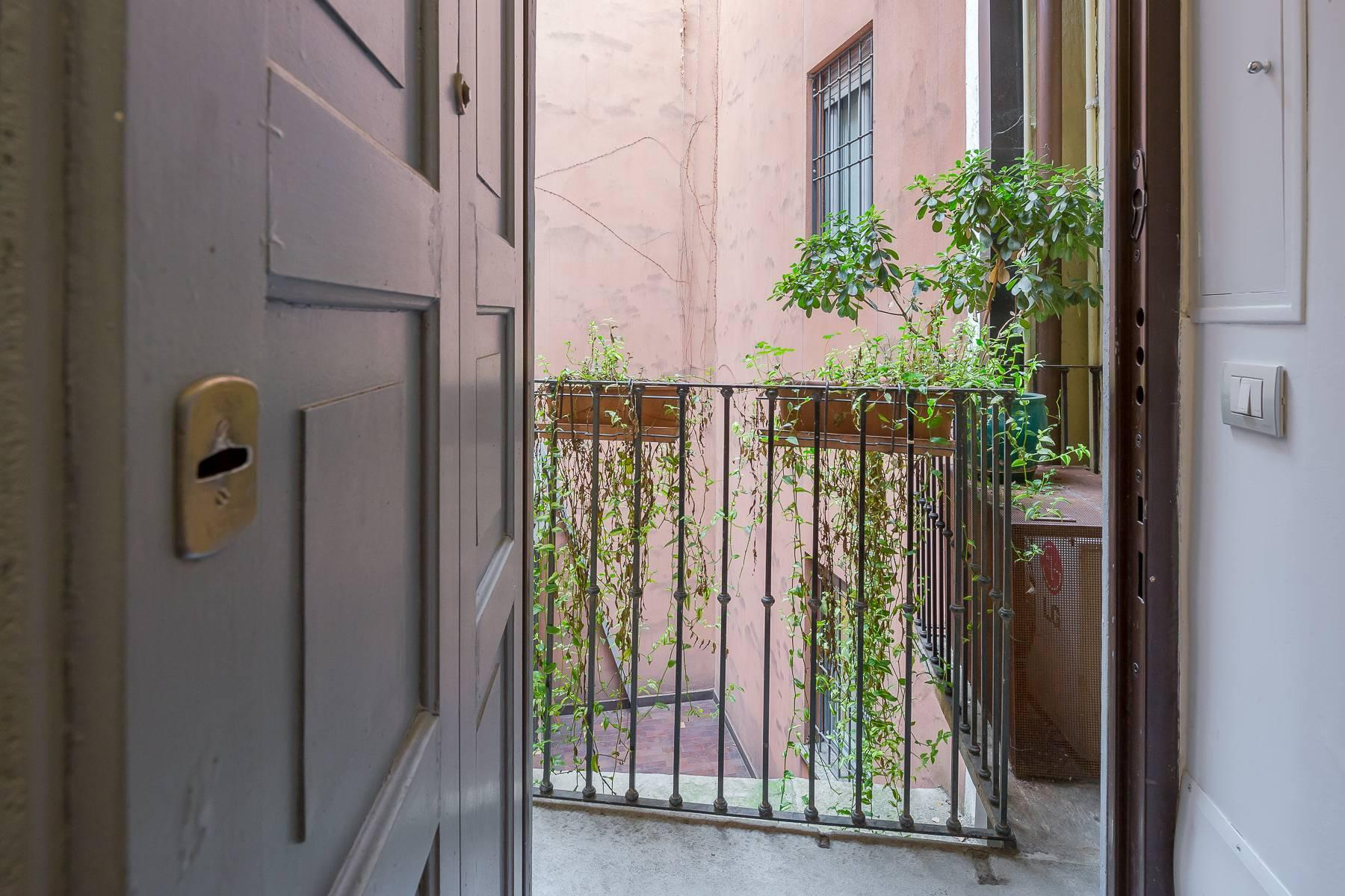 Fully furnished three-room apartment in the heart of Brera - 12
