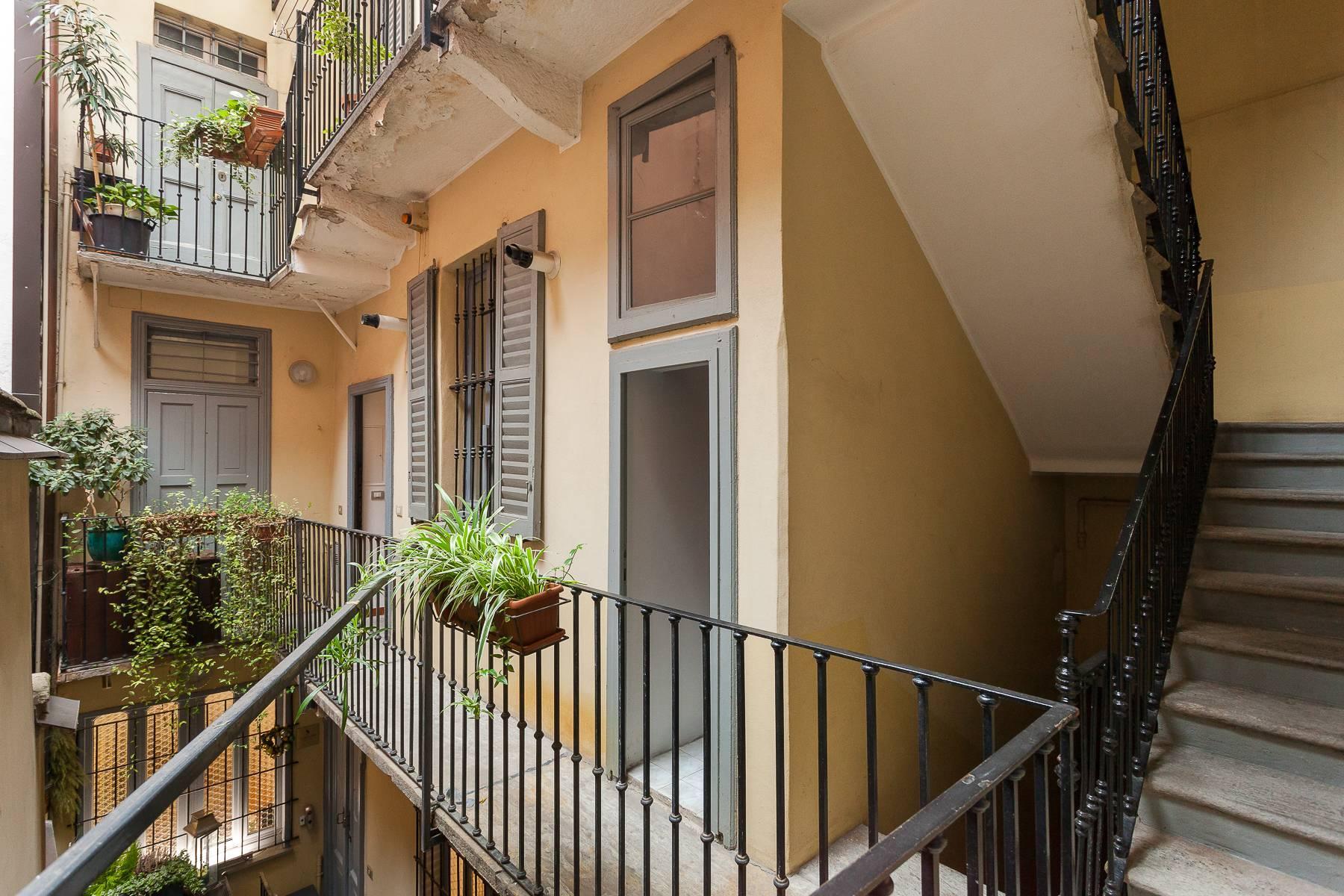 Полностью меблированная трехкомнатная квартира в самом центре Бреры - 20