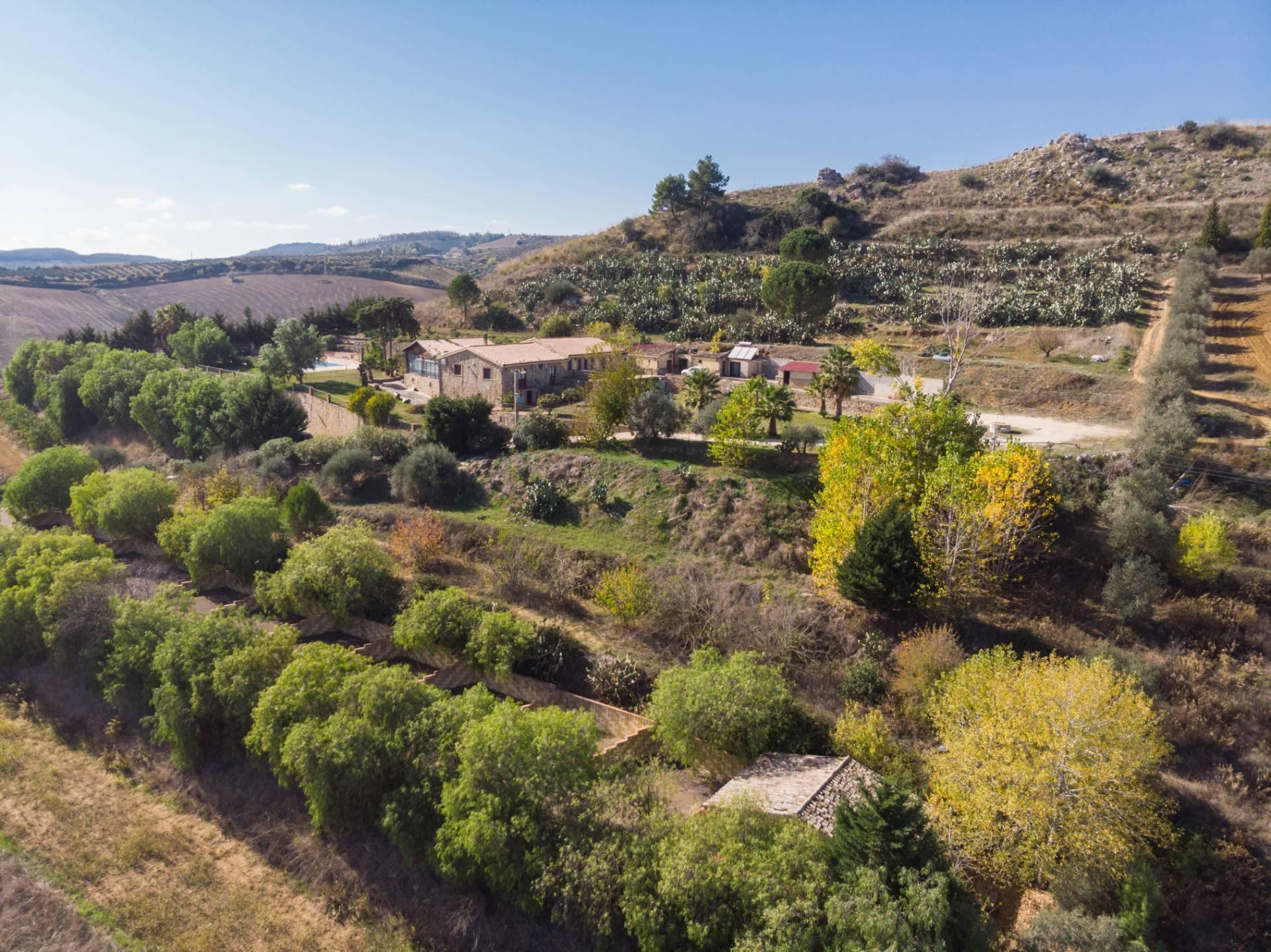 Farmhouse in the heart of Sicily - 1