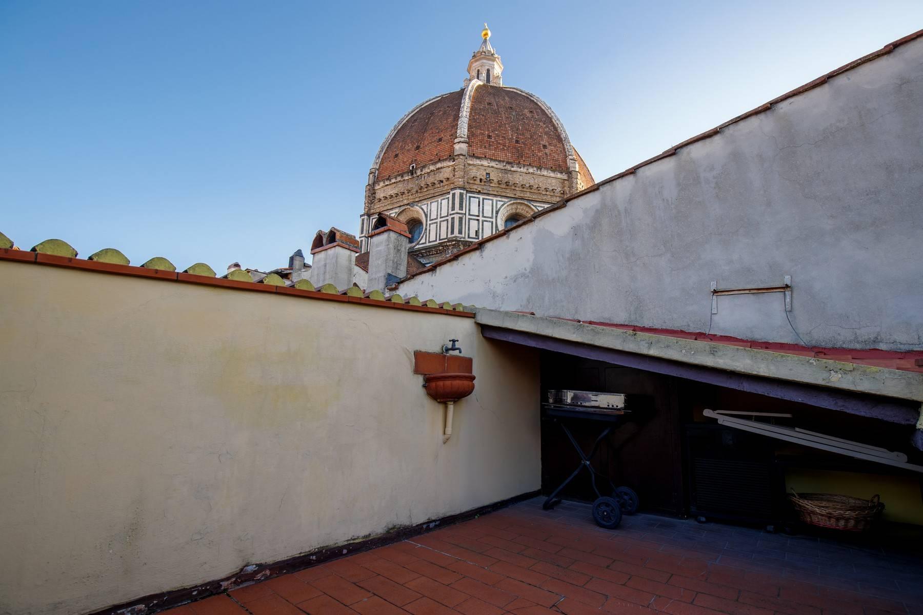 Attico con vista monumentale sul Duomo - 15