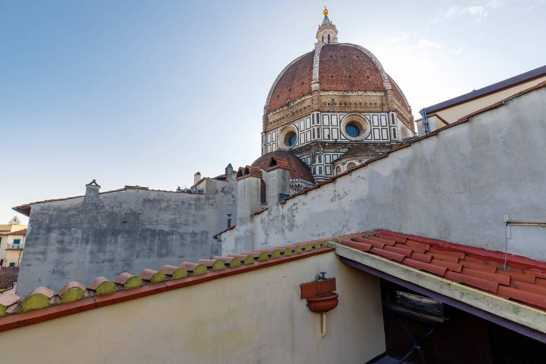 Attico con vista monumentale sul Duomo - 14